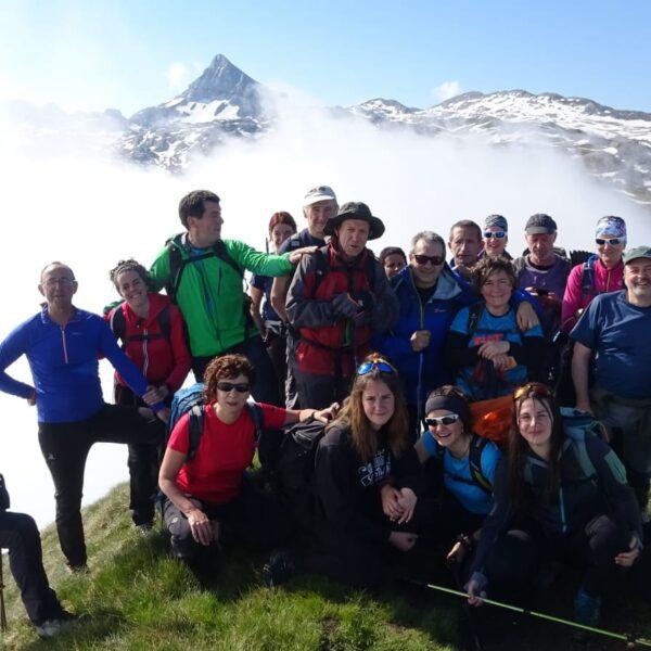 Marcha montañera entre los refugios de Ángel Olorón y L'Abérouat
